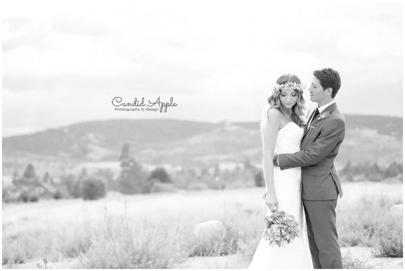 Sanctuary_Garden_West_Kelowna_Candid_Apple_Wedding_Photography_0066
