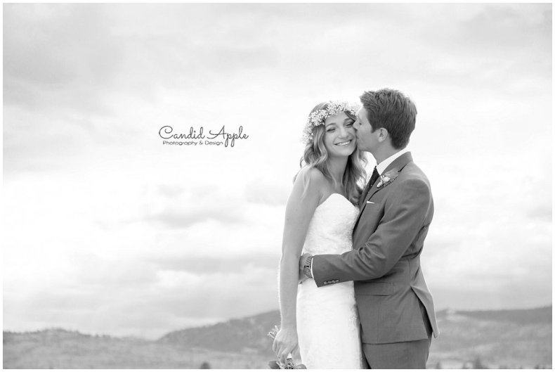 Sanctuary_Garden_West_Kelowna_Candid_Apple_Wedding_Photography_0068