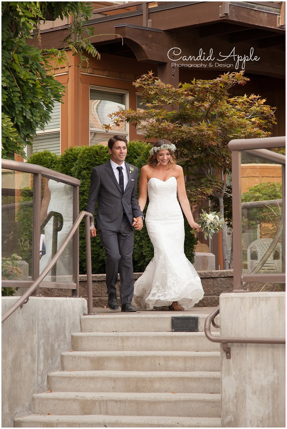 Sanctuary_Garden_West_Kelowna_Candid_Apple_Wedding_Photography_0100