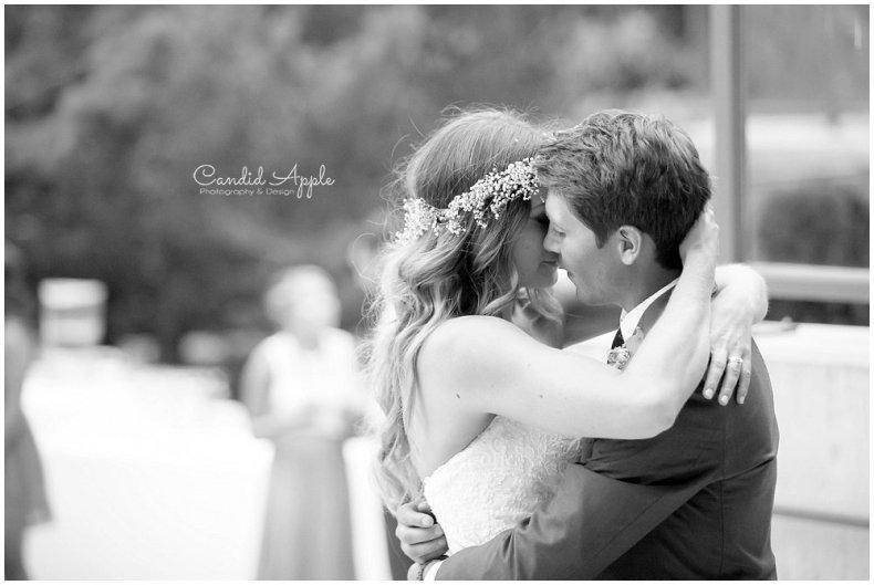 Sanctuary_Garden_West_Kelowna_Candid_Apple_Wedding_Photography_0126