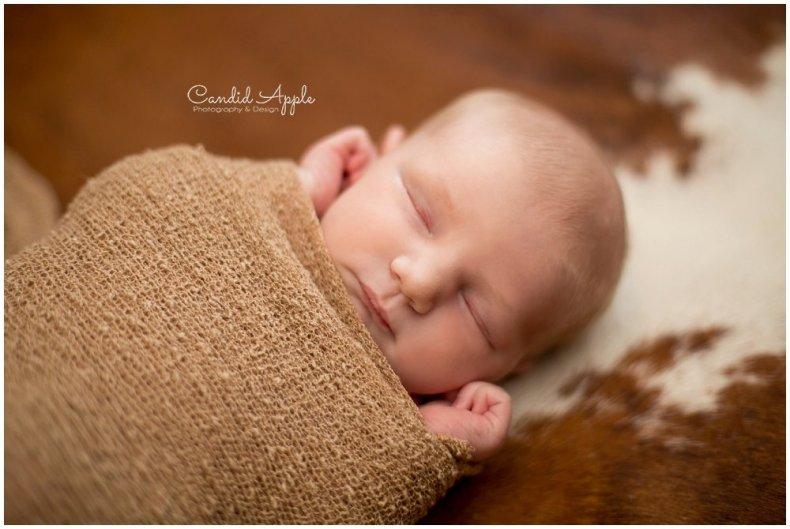 Kelowna-Newborn-Photographer_0005