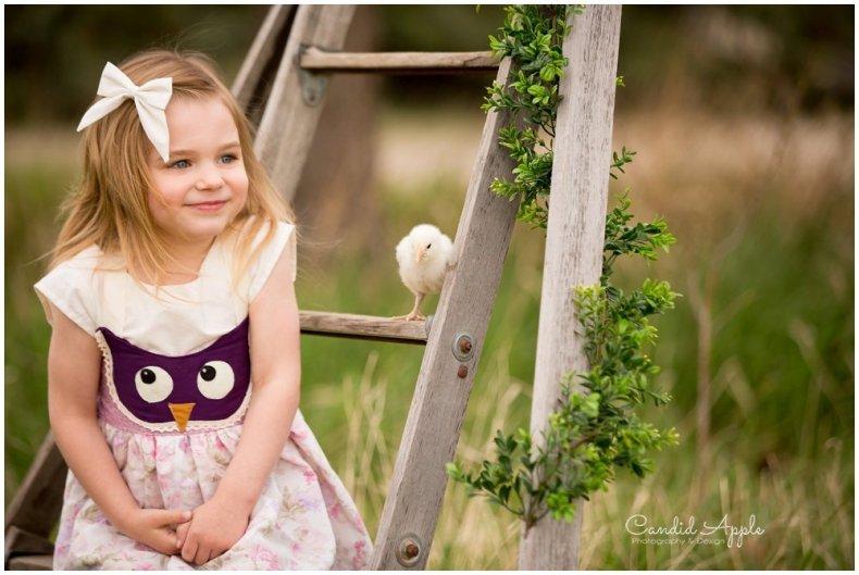 Kelowna-Springtime-On-the-Farm-Photographers_0118