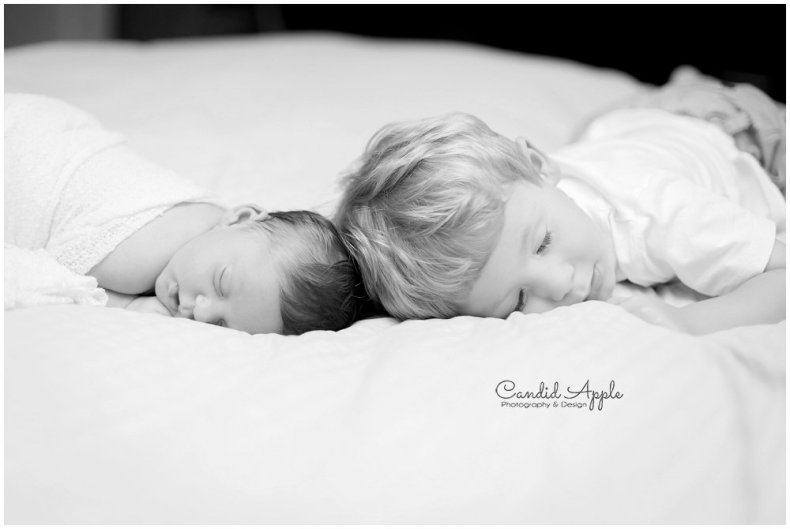 Kelowna-Lifestyle-Newborn-Photographers_0025