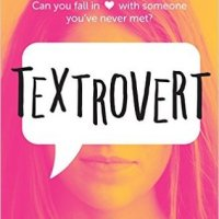 Friday Reads #5: Textrovert by Lindsey Summers