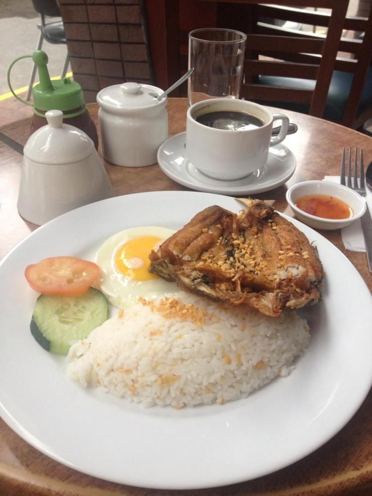 Tazza Cafe Restaurants in Banawe