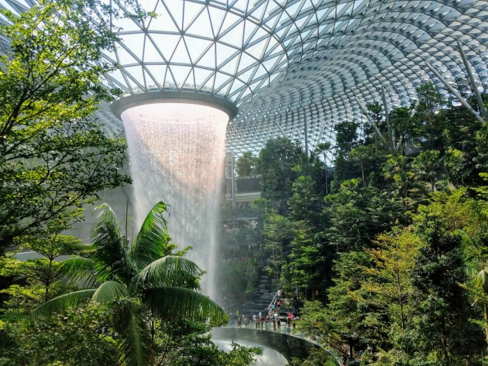 jewel changi airport 6