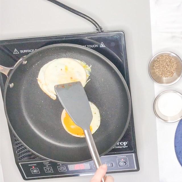 Flip Eggs