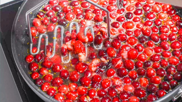 Squish all those cranberries!
