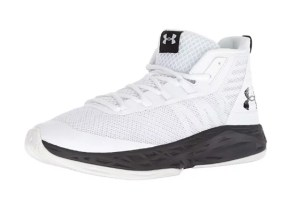 Basketball Shoe for wide feet Under Armour Men's Jet Mid
