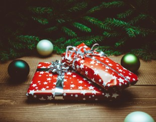 getting-childs-christmas-presents