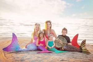 Give The Gift of a Sun Tails Mermaid Tail or Flippers This Holiday Season #GiftGuide2017