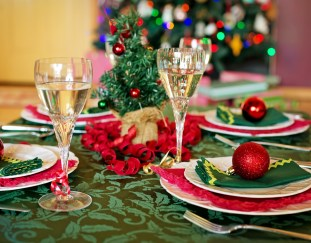 family-benefit-vegan-christmas-dinner-year