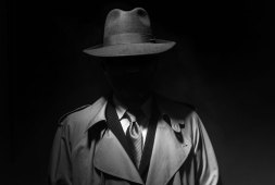 intrigue-on-rails-all-aboard-for-murder-mystery-dinner-trains