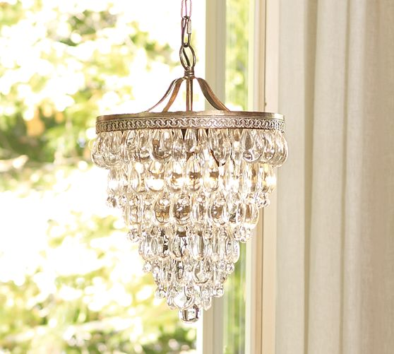 Pottery Barn Simone Vintage Chandelier: A Glam Chandelier Makes A House A Home + Pottery Barn 20