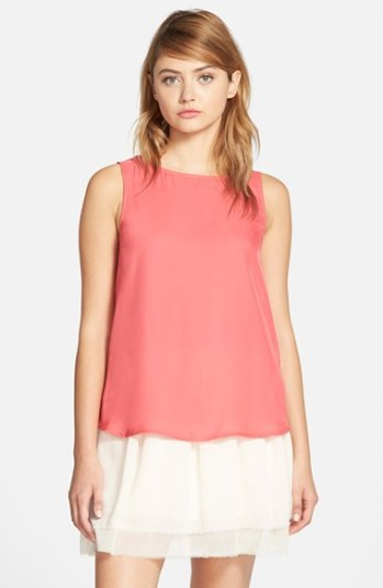 cupcakes and cashmere 'Kinney' Cutout Top in Flamingo