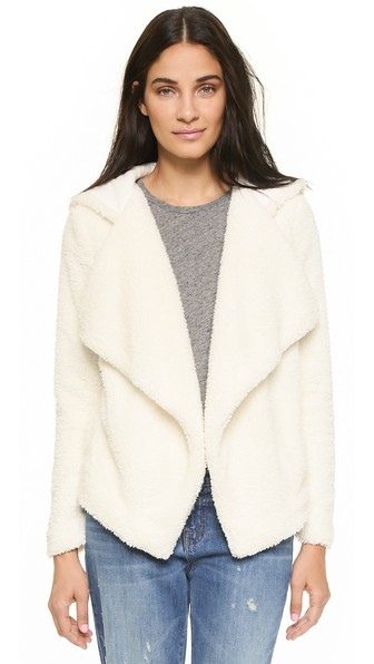 cupcakes and cashmere Rolling Fog Drape Jacket in Ivory
