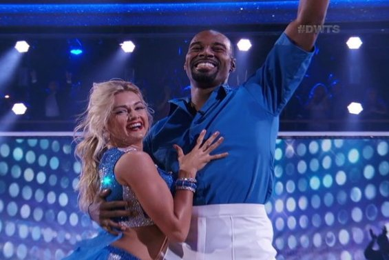 Dancing With The Stars Season 23 Episode 1: Former NFL great/Detroit Lions wide receiver Calvin Johnson, Jr. proved his sister and all the doubters wrong with his (and partner Lindsay Arnold) amazing performance this evening! It was such a fantastic cha cha. We all loved it!