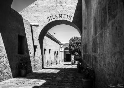 B&W Couvent - Arequipa