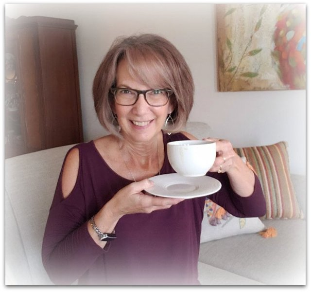 Candi Randolph Midlife Blogger offering tools for self development for women over 50