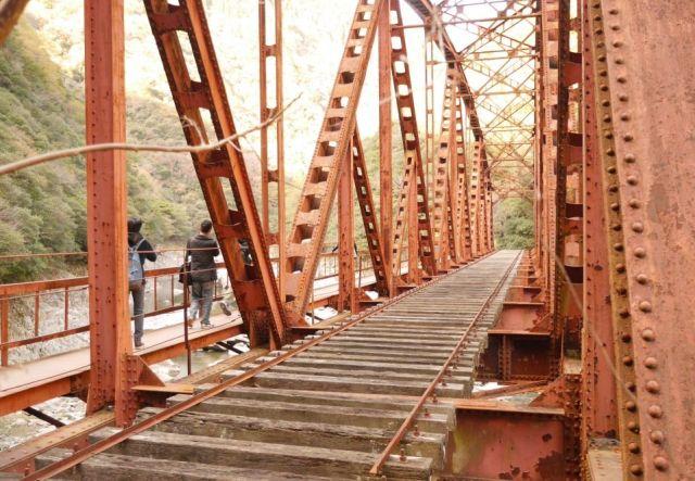 廃線の鉄橋
