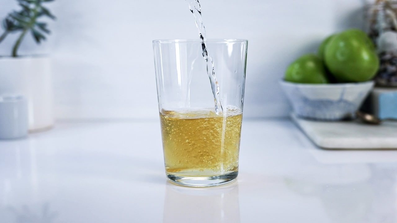 Second pour Whisky highball