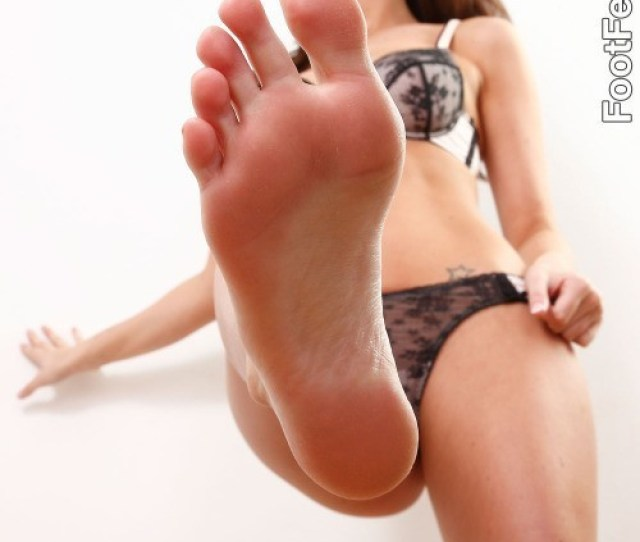 Porn Stars With Sexy Feet Candy Porn