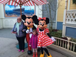 Disneyland paris, mickey mouse, minnie mouse, character meet and greets