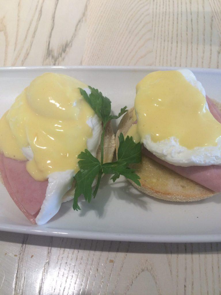 eggs benedict, urban meadow cafe