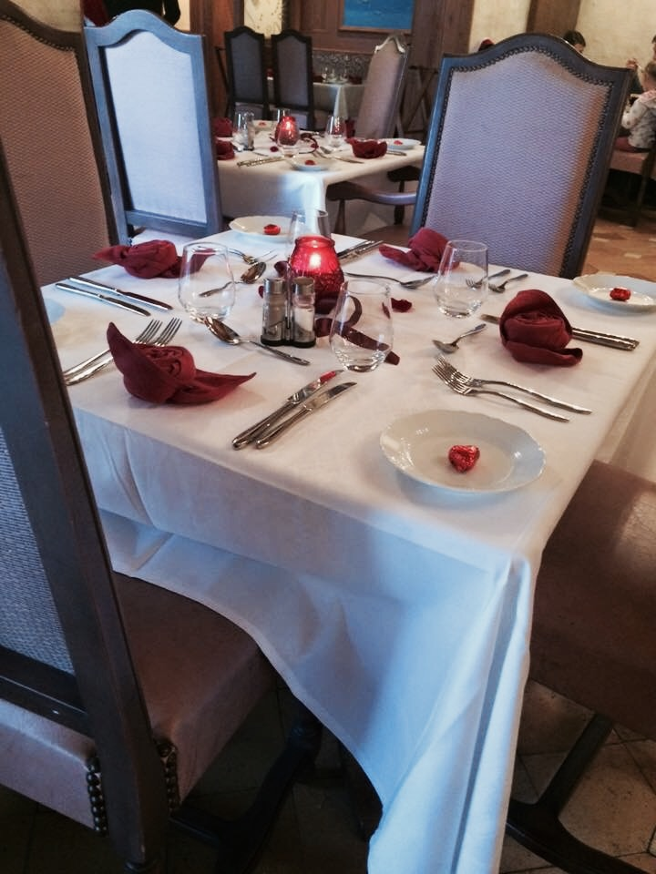 Table Setting on Valentines Day, Auberge De Cendrillon
