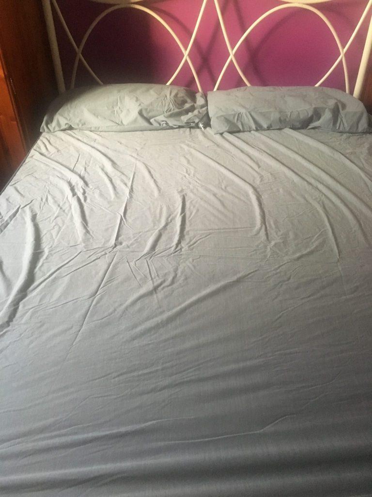 B Sensible Bedding, Waterproof sheet and mattress protector
