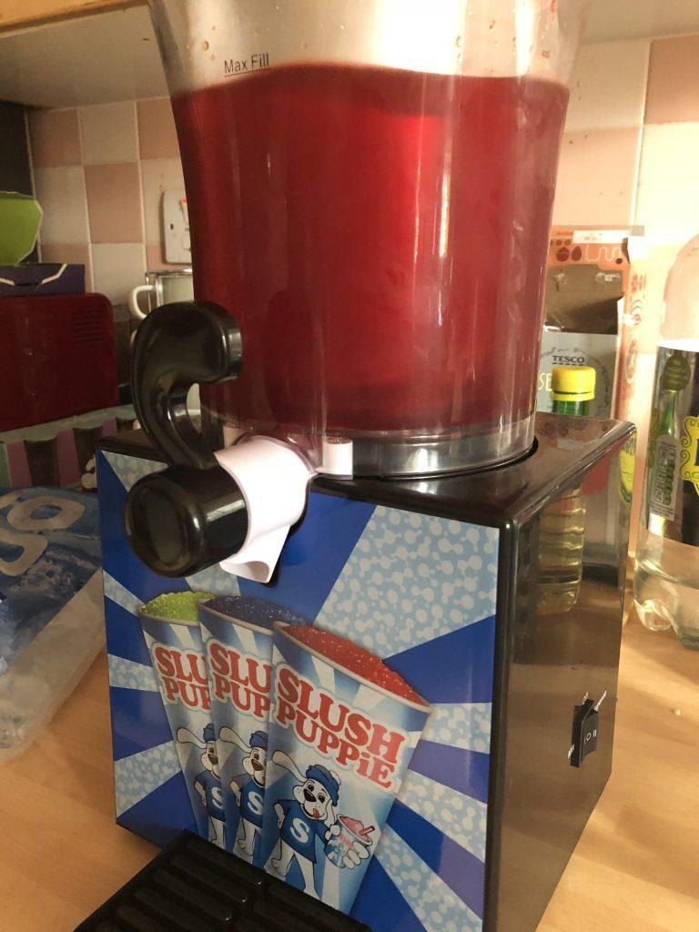 Slush Puppie Maker, Making Slush Puppie Drinks At Home