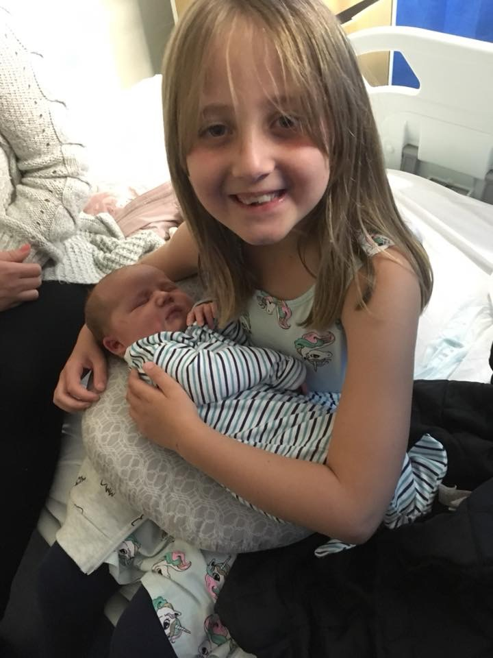 Siblings meeting each other for the first time, Vhigh bmi unplanned c-section birth story