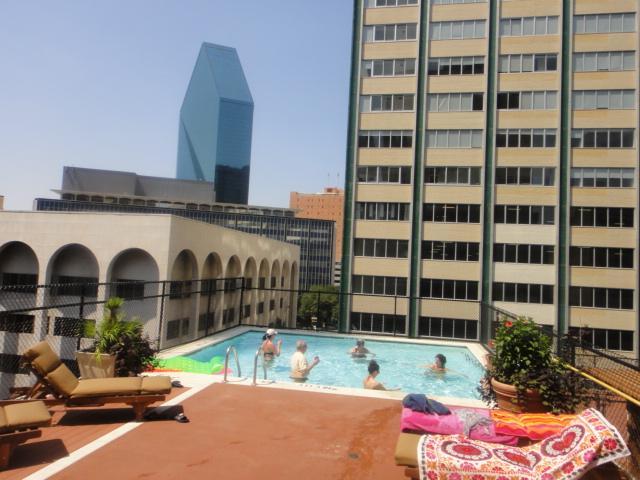 1505 Elm #703 pool