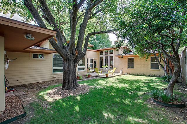 6202 Monticello Backyard