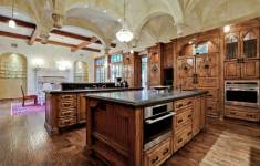 28 Resourceful Mansion Kitchen That Will Fascinate You