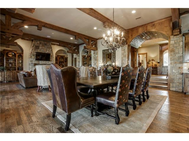 1724 Wisteria Way Formal Dining