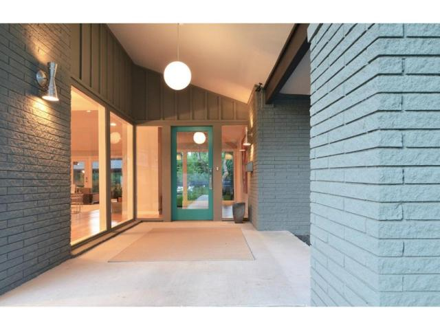 11316 Valleydale entry