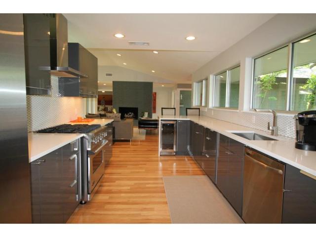 11316 Valleydale kitchen