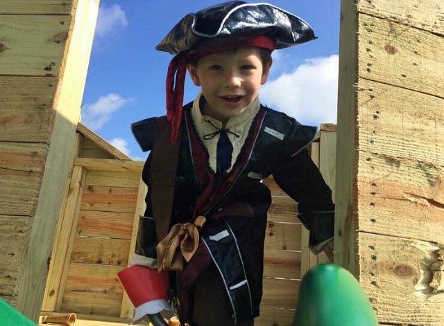 pirate playhouse 3
