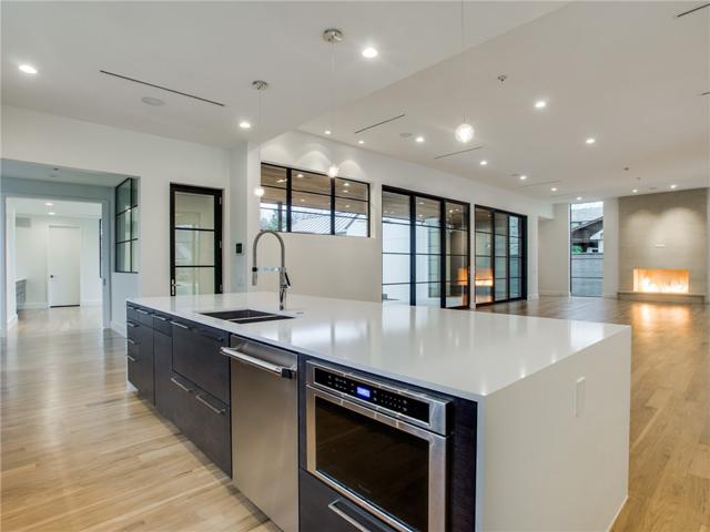 8403 Swananoah Kitchen 5