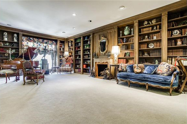 Cavernous Imperial House living room listed at $185 per foot!