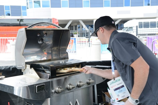 The Pizza Box cooks a pizza perfectly on top of your grill in 2 to 4 minutes. Photo: Lisa Stewart Photography