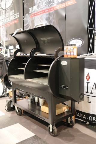 Serious grill power by Louisiana Grill Photo: Lisa Stewart Photography