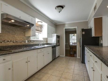 3326 Merrell Kitchen