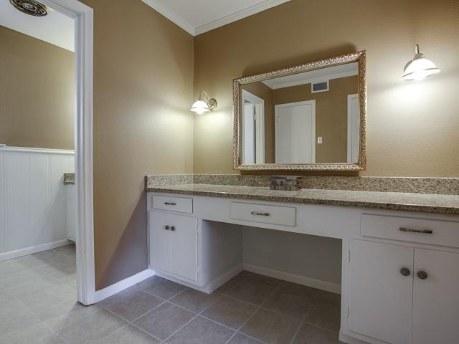 3326 Merrell Master Bath