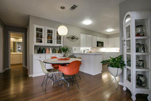 618 Tiffany Kitchen