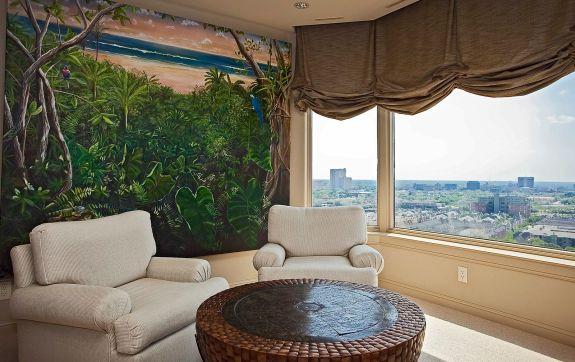 LaTour penthouse sitting