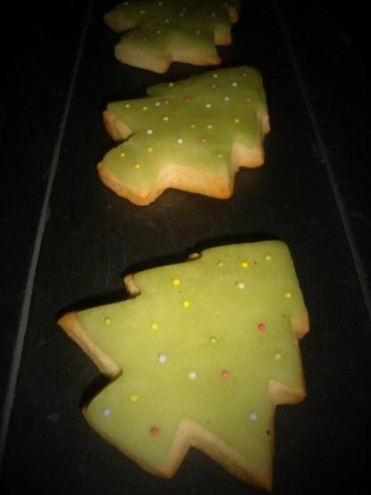 Biscuits à la vanille ( pour Noël )2 (2)