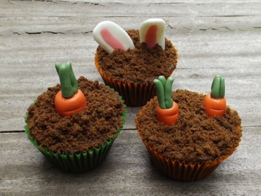 Les cupcakes carottes et lapins de Pâques2