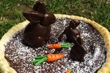 Tarte au chocolat de Pâques et ses lapins en chocolat façon CRUNCH5